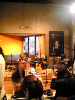 ライブ後のステージ